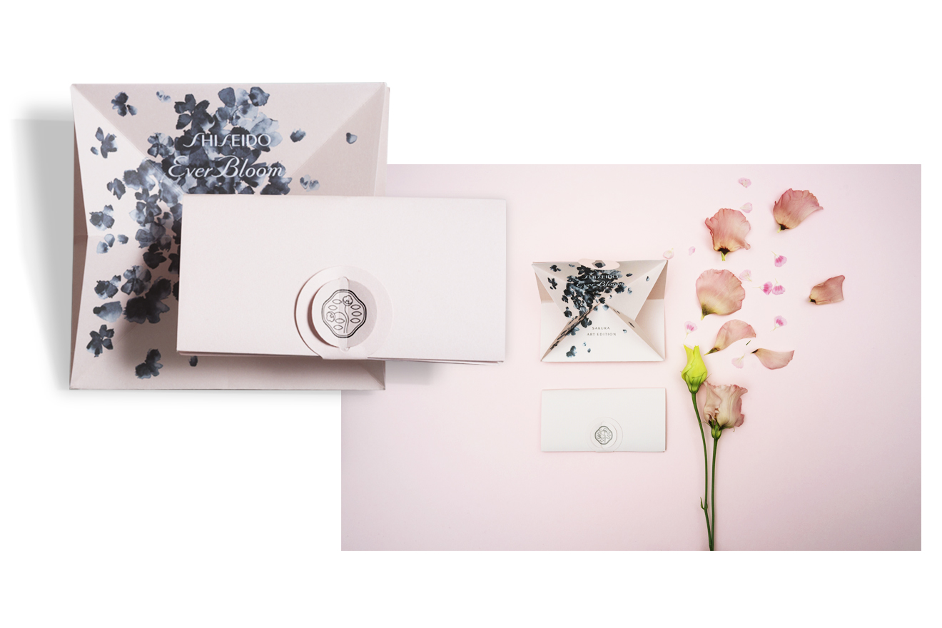 Les Petites Mouillettes : Blotter pop-up Shiseido Sakura Everbloom
