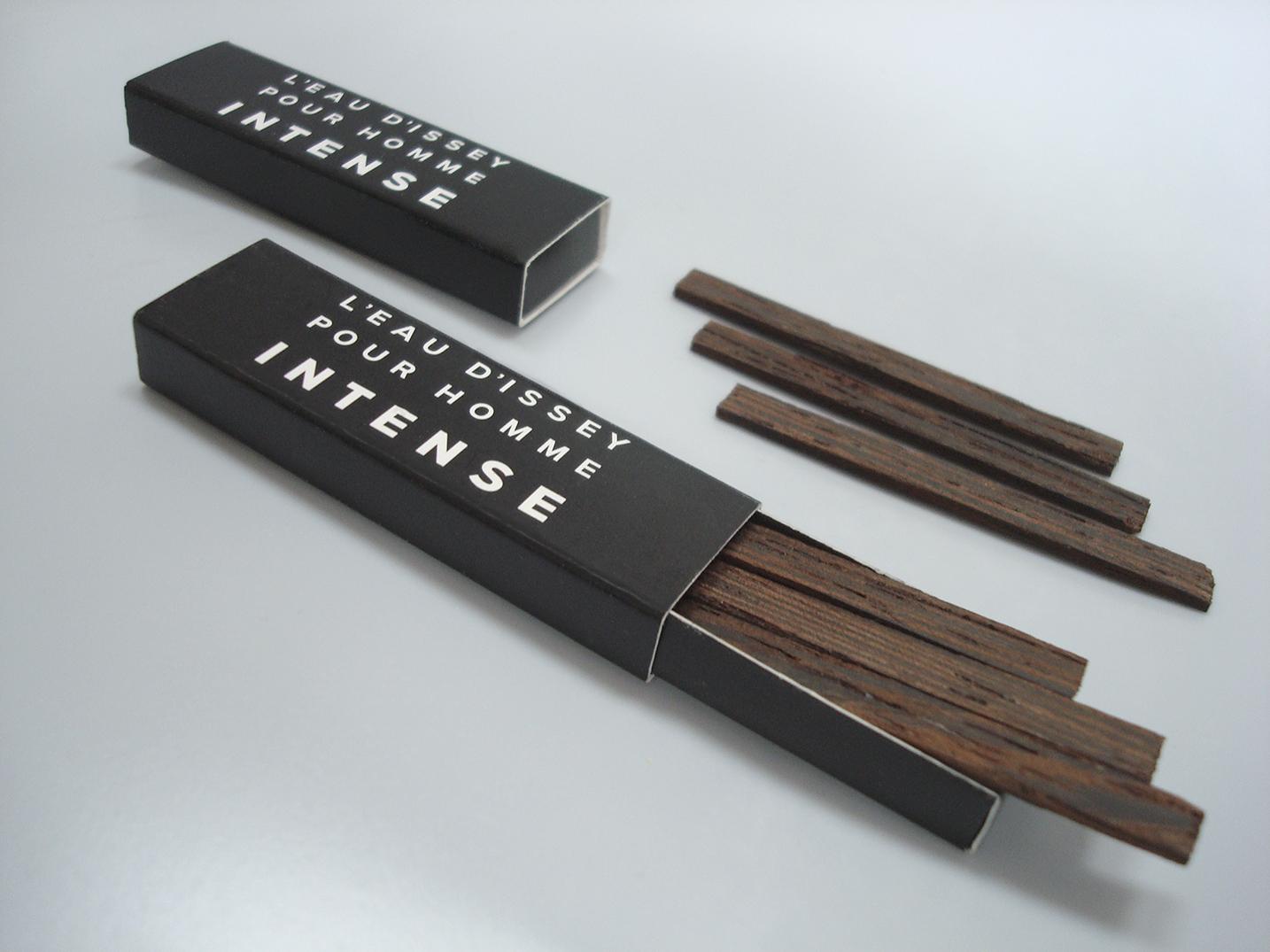 Les Petites Mouillettes : Allumettes de bois parfumable pour Issey Miyake Homme Intense