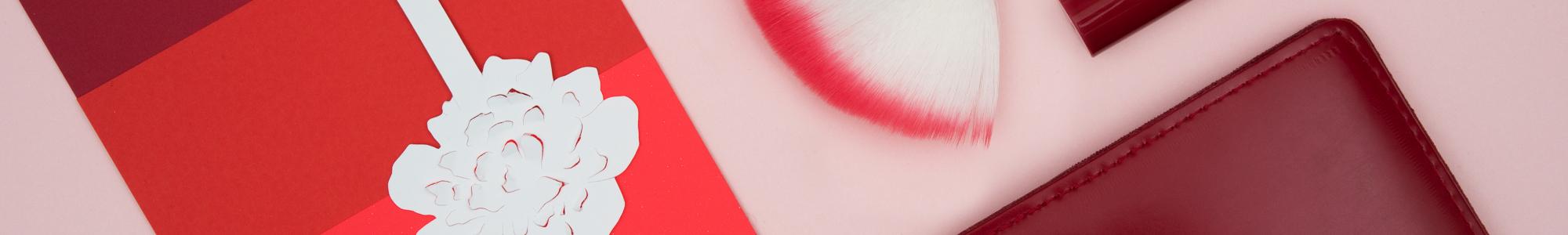 Les Petites Mouillettes : Bracelet blotter, gift à parfumer, fleur bijou.